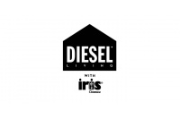 Diesel living with Iris